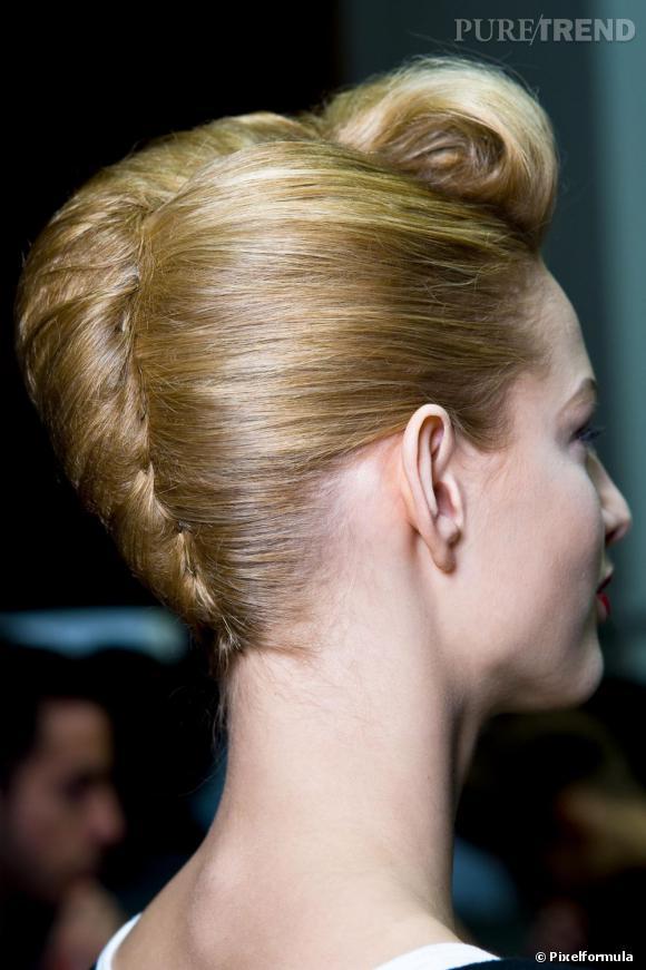 On coiffe la coque selon nos envies : Rock'n Roll, rétro, glamour ou chic.