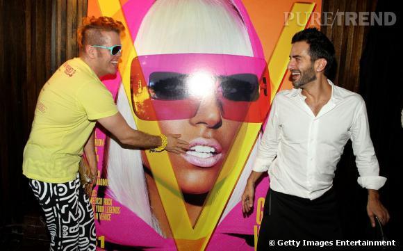 Perez Hilton et Marc Jacobs, une autre icône gay.