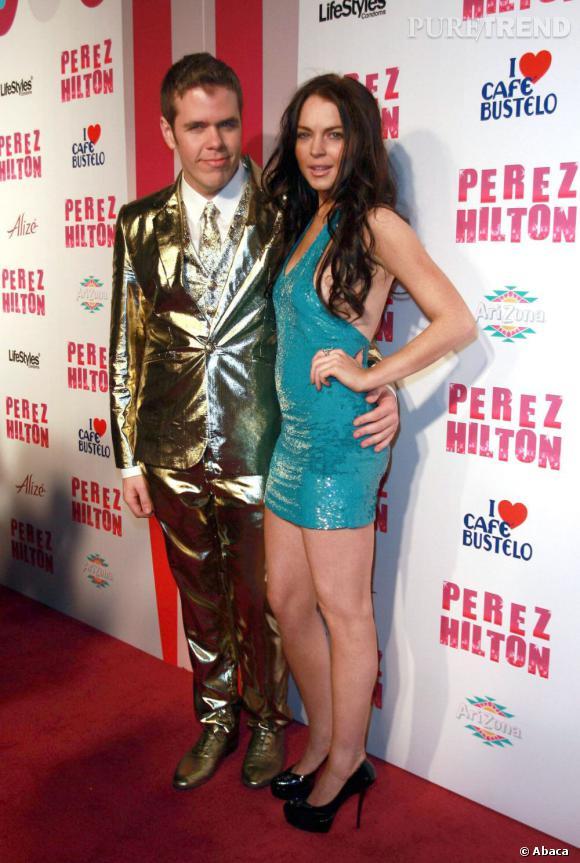Perez Hilton et Lindsay Lohan : une histoire compliquée aussi. Lors d'une récente soirée, le blogueur a interrompu les fêtards pour demander une minute de silence en faveur de l'ex-actrice... Sans même se rendre compte qu'elle était dans la salle. Furieuse, elle est partie en courant de la soirée.