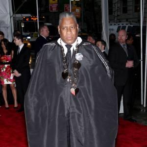 Au gala du Met, monsieur Talley semble prêt à mordre.