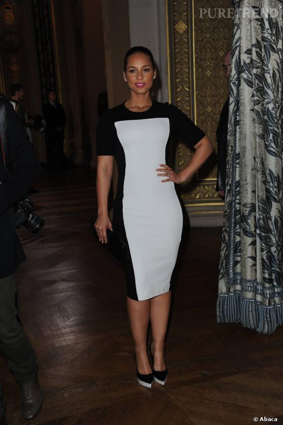 Alicia Keys a choisit le modèle parfait pour mettre ses formes en valeur.
