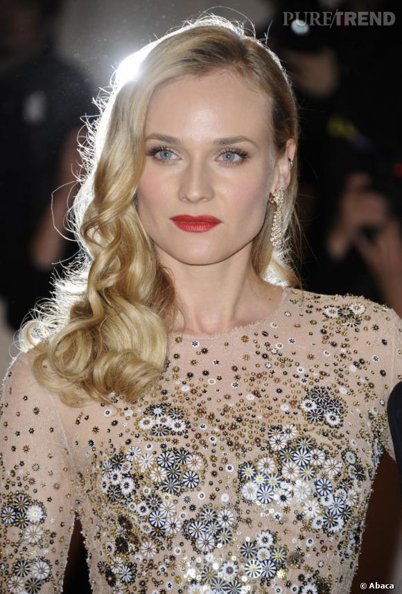 Diane Kruger est blonde aux yeux bleus ... Conséquence ? Elle a le teint pâle.