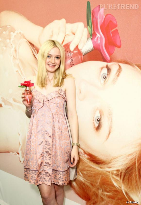Dakota Fanning est une vraie blonde... Cela se voit à son teint clair.