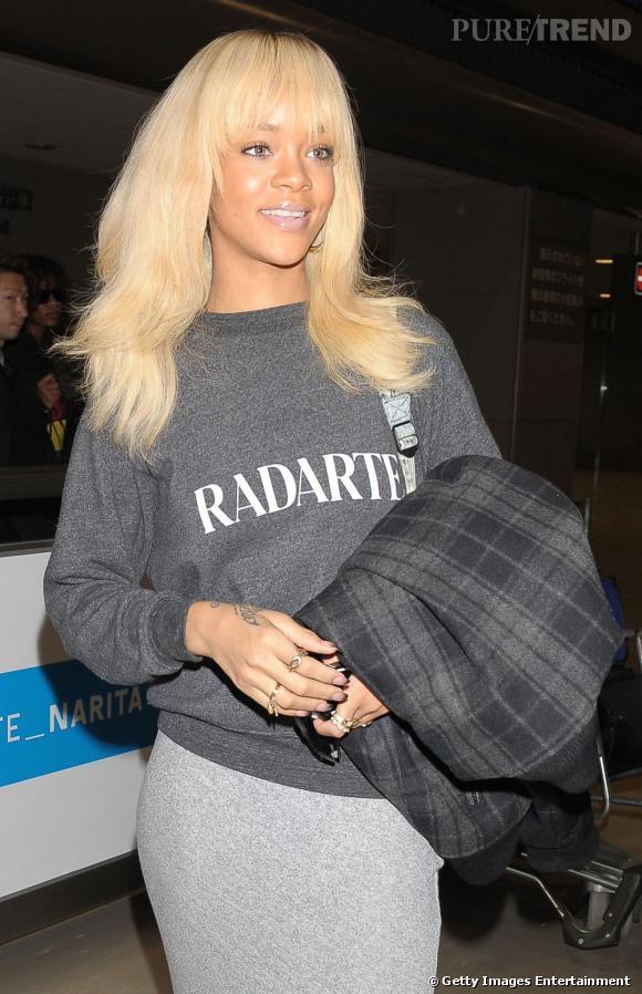 Rihanna à l'aéroport de Narita à Tokyo.