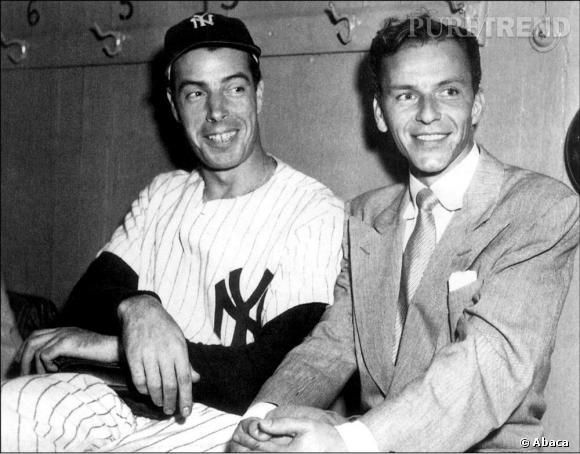 """Joe DiMaggio à gauche sur la photo est le deuxième mari de Marilyn Monroe. Le couple se rencontre en 1953 et ils se marièrent en janvier 1954. Ce joueur de baseball professionnel a divorcer pour se mettre avec Marilyn... Un mariage qui finalement ne durera que 9 mois. Malgré un divorce à l'amiable, le tribunal accuse officiellement Monroe de """"cruauté mentale""""."""