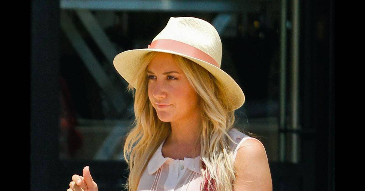 Vanessa Hudgens, cheveux longs et blonds : L'actrice s