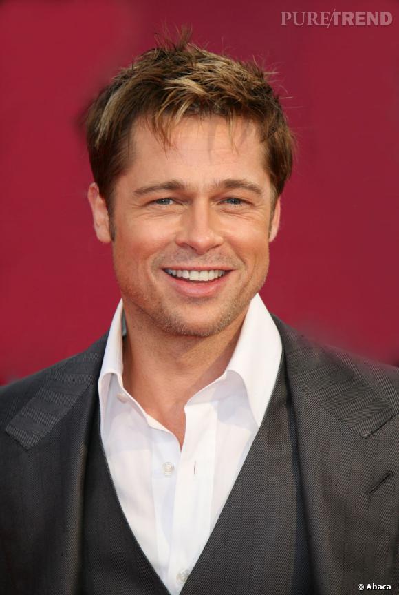 Fin 2008, Brad Pitt réactualise sa coupe fétiche : les cheveux en bataille.