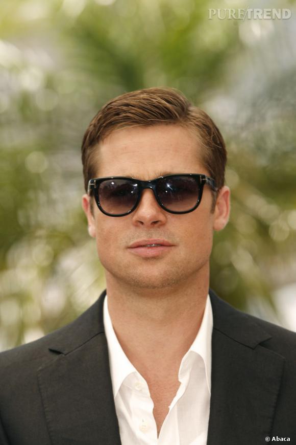En 2007, Brad Pitt est un homme sage. La raie sur le côté et les cheveux plaqués, il tente de se racheter une conduite capillaire.