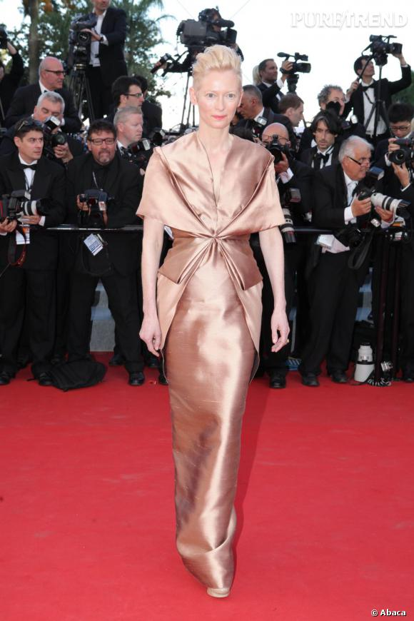 Sur le red carpet :  Tilda Swinton.