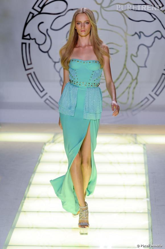 Sur le podium :  Versace   Printemps-Été 2012.