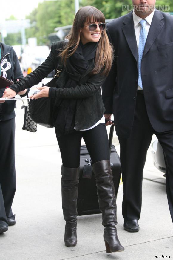 Lea Michele à l'aéroport de Vancouver.