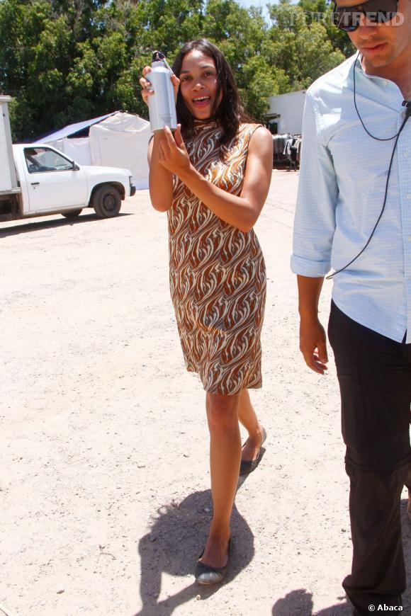 Rosario Dawson, mode et classique un duo gagnant.