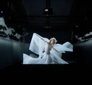 Ray of Life, une expérience visuelle de Jay Ahr au Pitti Uomo