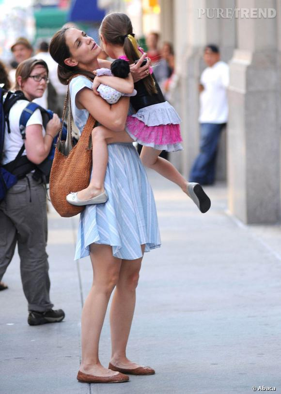 Epouse et mère dévouée, impossible de voir Katie Holmes sans son nouvel it-bag : sa fille, Suri.