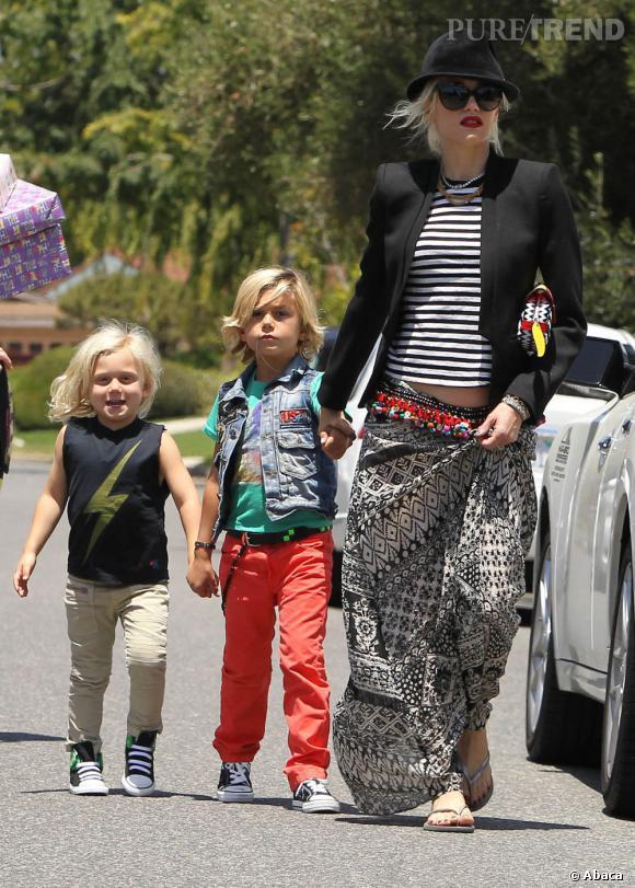 Gwen Stefani, ses deux fils sont sa raison de vivre et ne les décolle pas d'une semelle.