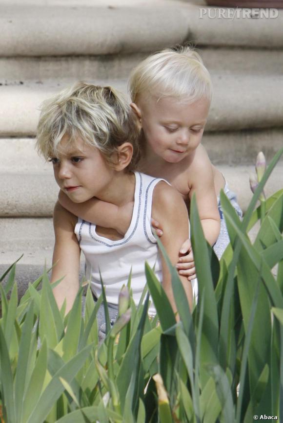 Depuis leurs plus jeunes âges, Kingston et Zuma, les deux fils de Gwen Stefani, se sont distingués par leurs coupes de cheveux fantaisistes...