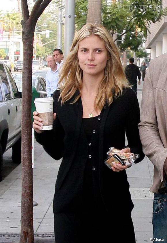 Top :  Heidi Klum est une très belle blonde, et ce, même sans maquillage.