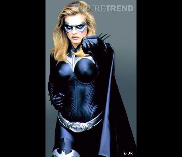 """Si on parle souvent des différents Batman, on oublie souvent les Bat Girl ! Dans """"Batman & Robin"""", Alicia Silverstone a pratiquement le même costume que Batman, mais féminisé !"""