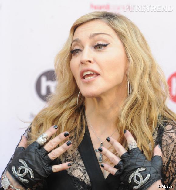 Madonna ou l'overdose d'accessoires.