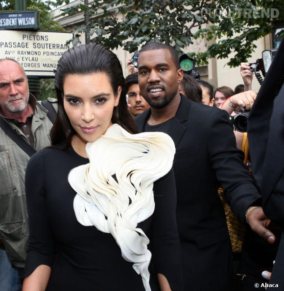"Kanye West écrit la chanson ""Perfect Bitch"" à Kim Kardashian."