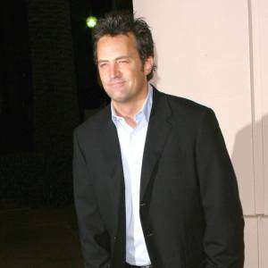 Matthew Perry, un style simple mais toujours mode.