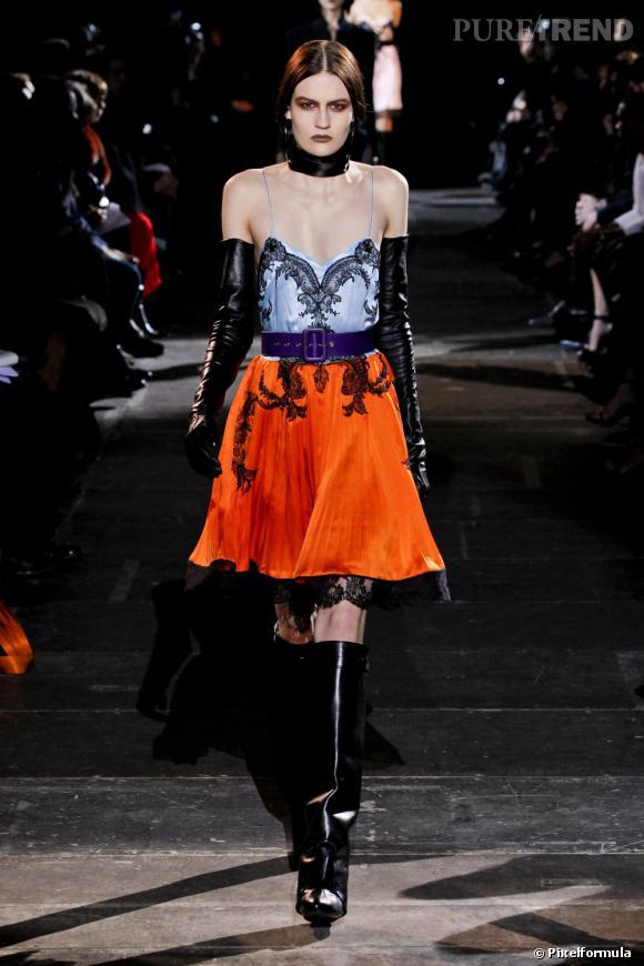 La tendance baroque vue sur les podiums Automne-Hiver 2012/2013 :       Défilé Givenchy