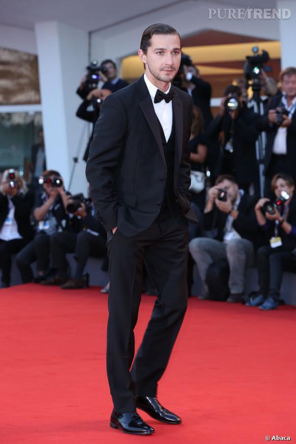 Le meilleur look de tapis rouge de Shia Labeouf :  Aujourd'hui, l'acteur sait aussi très bien jouer au gentleman...