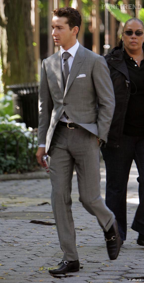 "Le meilleur look de tournage de Shia Labeouf :  Dans ""Wall Street 2"", Shia joue un apprenti trader très classe."
