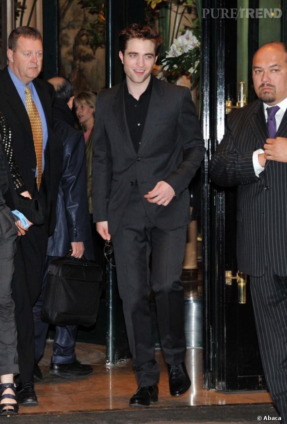 Robert Pattinson s'est acheté un appartement à Paris... Un nid d'amour pour lui et Kristen Stewart. Va-t-il le garder malgré la rupture ?