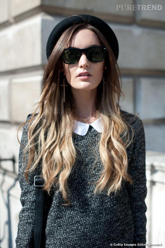 Les street styles beauté de la Fashion Week de Londres     La mannequin Anouska Proetta Brandon mise elle aussi sur le chapeau rond pour parfaire son beauty look londonien. On aime sa coloration tie and dye, toujours tendance.