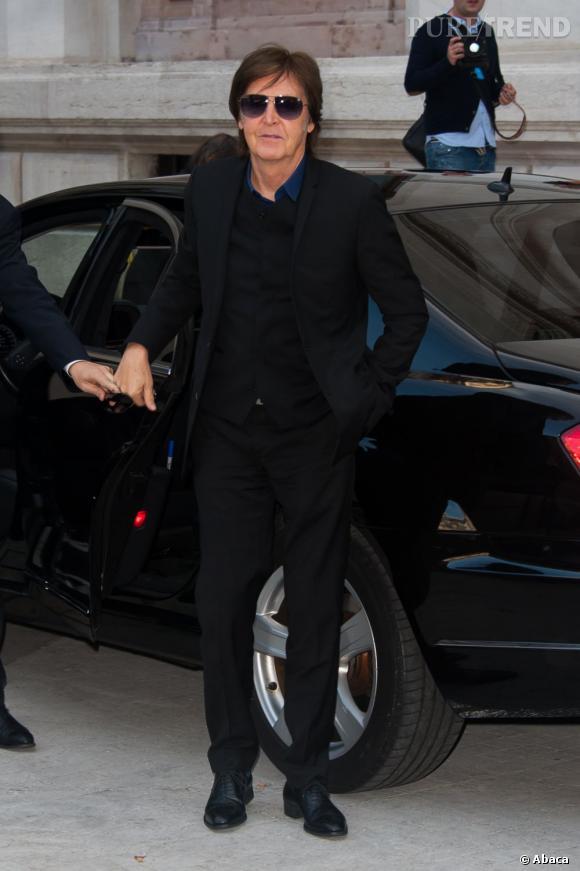 Paul McCartney arrive au défilé Stella McCartney.