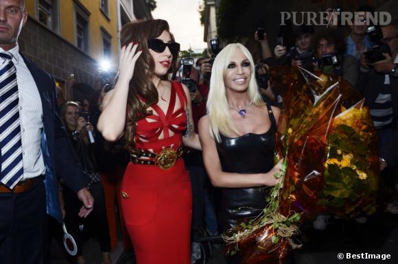 Lady Gaga, toujours aussi discrète lors de ses déplacements.