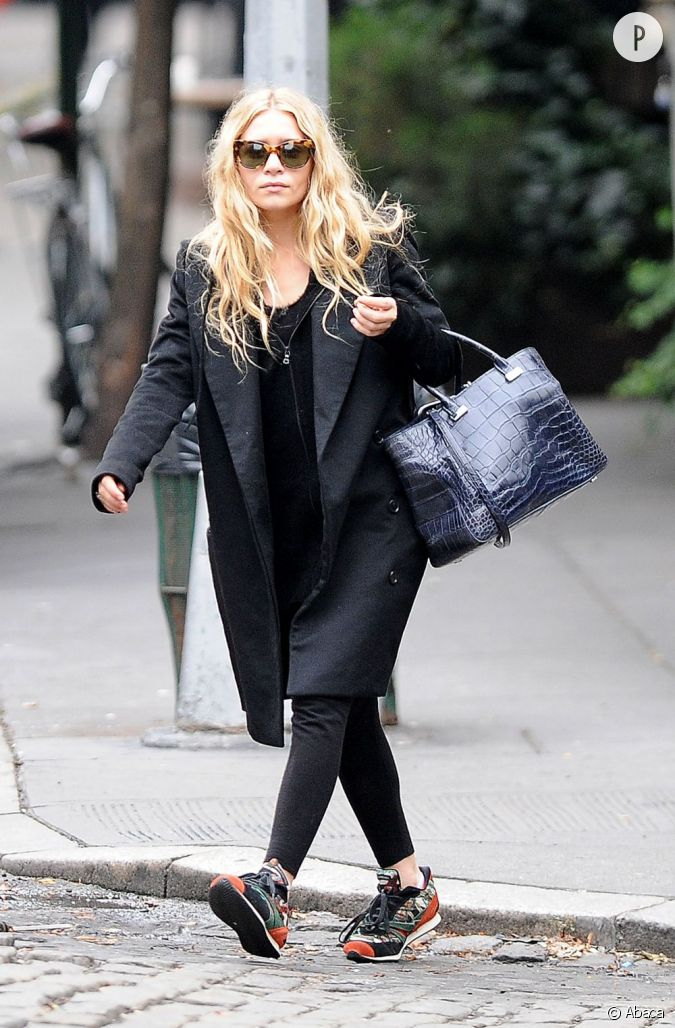 Ashley olsen mode compl te sa tenue avec des baskets balenciaga - Tenue avec basket ...
