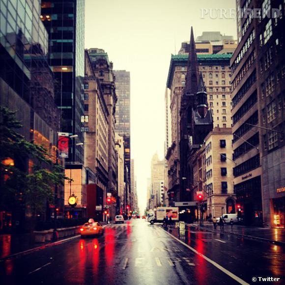 Ivanka Trump, socialite, poste des photos de la 5ème Avenue quasiment déserte.