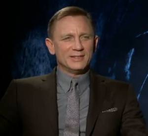 Daniel Craig n'hésite pas longtemps avant de choisir Rihanna...