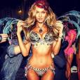 Candice Swanepoel sort le grand jeu.
