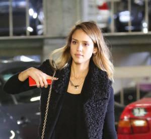 Jessica Alba rend le sobre lumineux... a shopper !