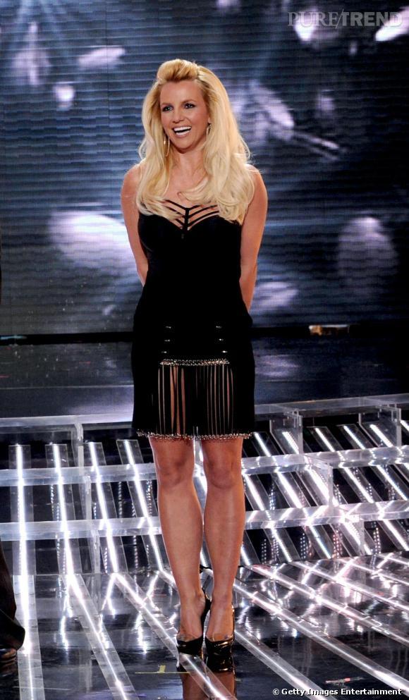 """Britney Spears sait encore charmer sur le plateau d'""""X Factor""""."""