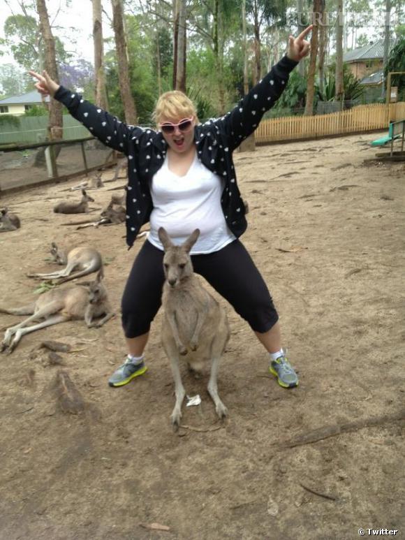 Rebel Wilson s'est trouvé un poney ! C'est en tout cas ce qu'elle explique avec humour sur cette photo...