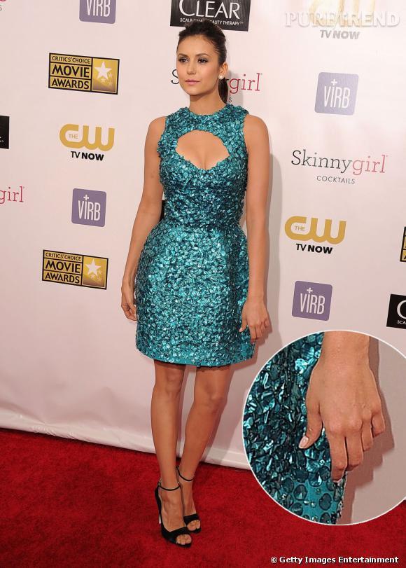 Mais surprise, le lendemain pour les Critics Choice Awards, l'actrice est main nue !