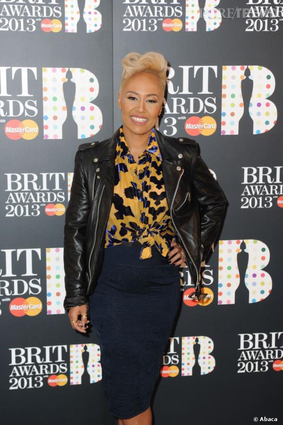 """Emeli Sandé décroche quatres nominations aux Brit Awards 2013 : artiste féminine de l'année, album de l'année et single de l'année pour """"Next to me"""" et """"Beneath Your Beautiful""""."""