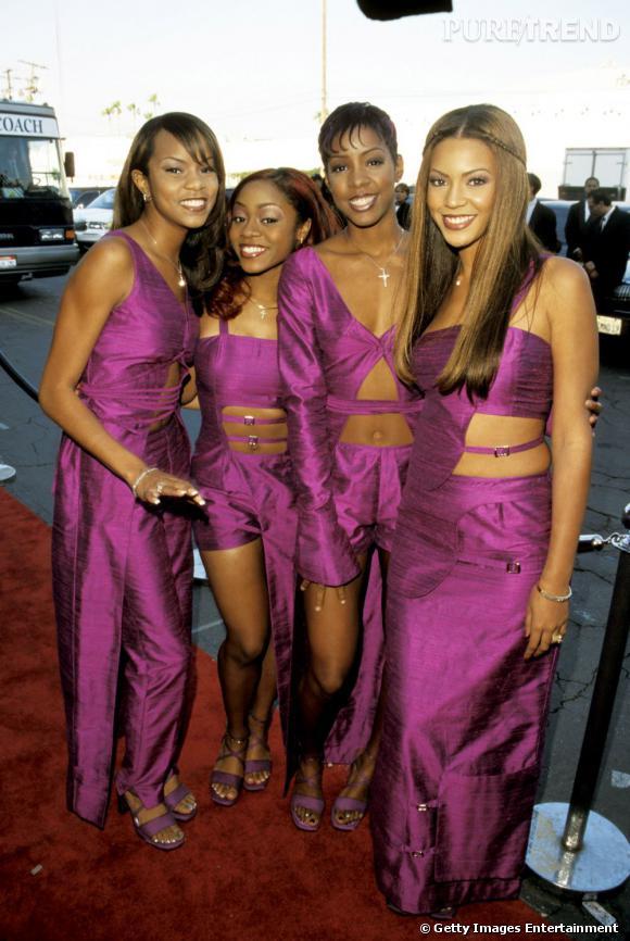 Les Destiny's Child en 1999 aux Soul Train Music Awards. Ambiance papier cadeaux à 4.