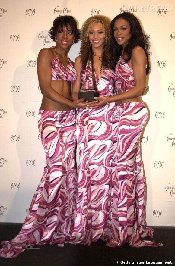 Les Destiny's Child en 2000 aux Billboard Awards. Place à la tendance tie & dye psychédélique.