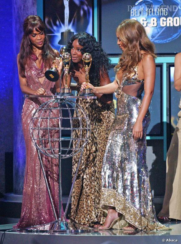 Les Destiny's Child en 2005 aux World Music Awards. Du scintillant, des sequins et du léopard, on peut difficilement faire plus sexy et bling bling.