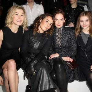 Rosamund Pike, Noomi Rapace, Ruth Wilson et Chloë Moretzen front row du défilé Dior Haute Couture Printemps-Été 2013.