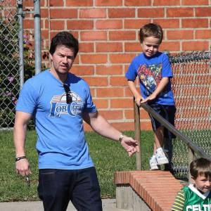 Mark Wahlberg préfère le sport et ce n'est pas ses deux garçons qui le contrediront !