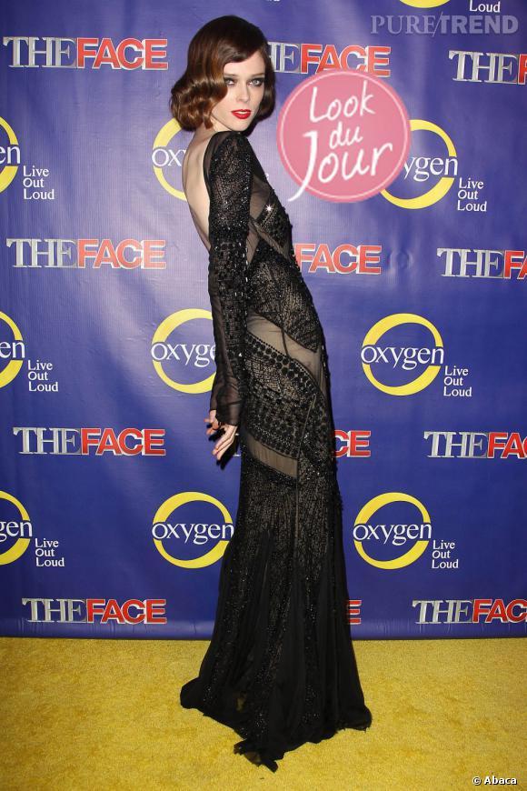 """Coco Rocha prend la pose lors du lancement mardi soir de l'émission """"The Face"""" à New York."""