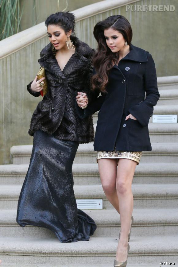 Selena Gomez suit le même cours que Vanessa Hudgens, mais on imagine qu'elles n'y vont pas habillées comme ça.