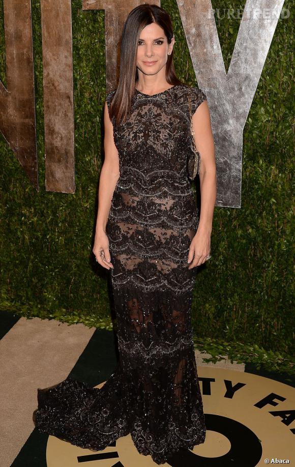 Sandra Bullock en Elie Saab à la soirée Vanity Fair post-Oscars 2013.