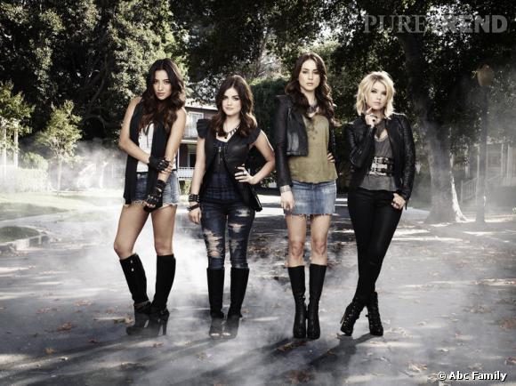 Shay Mitchell, Lucy Hale, Troian Bellisario et Ashley Benson : quatre filles ultra lookées pour une série mode et haletante !